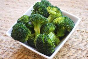 steamed-broccolik